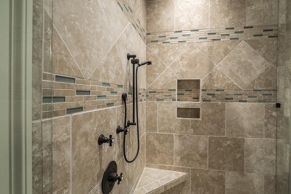 6 Beautiful bathroom design ideas on a budget